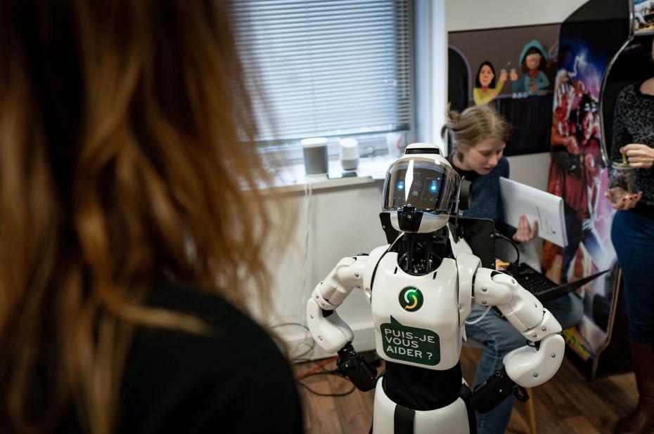 Le Crédit Agricole teste un droïde pour orienter ses clients et décharger ses conseillers